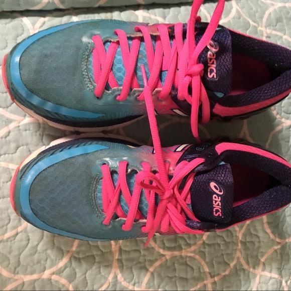 Asics Shoes - Asics.. size 7.5 EUC